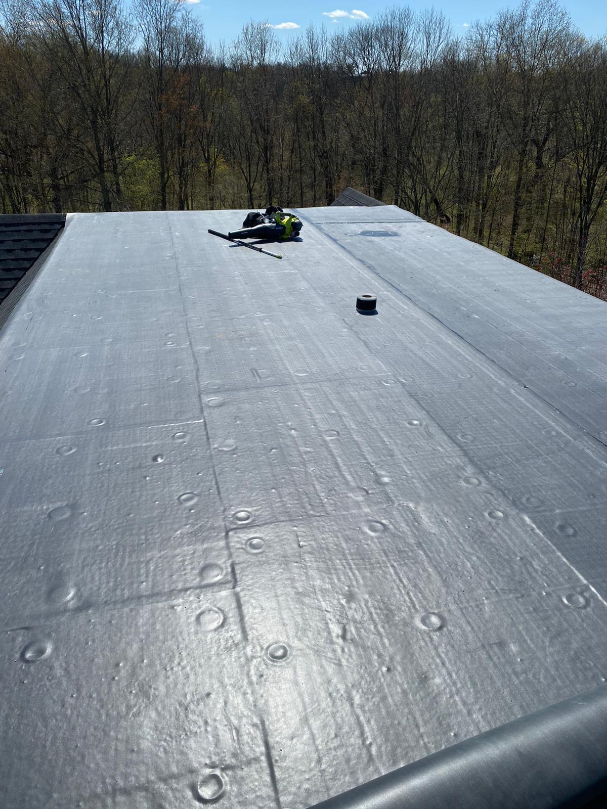 Newport Commercial Roof